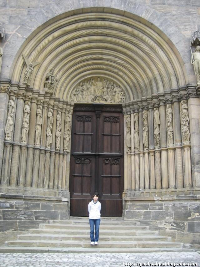 建筑论+�yf_试论德国教堂建筑风格.