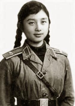 -张宁,她原是南京前线歌舞团的舞蹈演员.-林立果 林彪的儿子26岁
